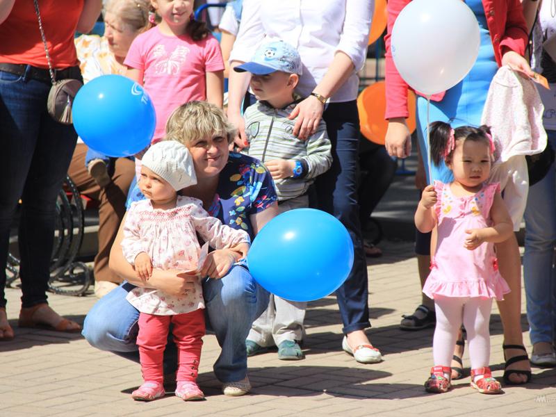 Андрей Турчак поздравил граждан региона сДнем семьи, слабости иверности