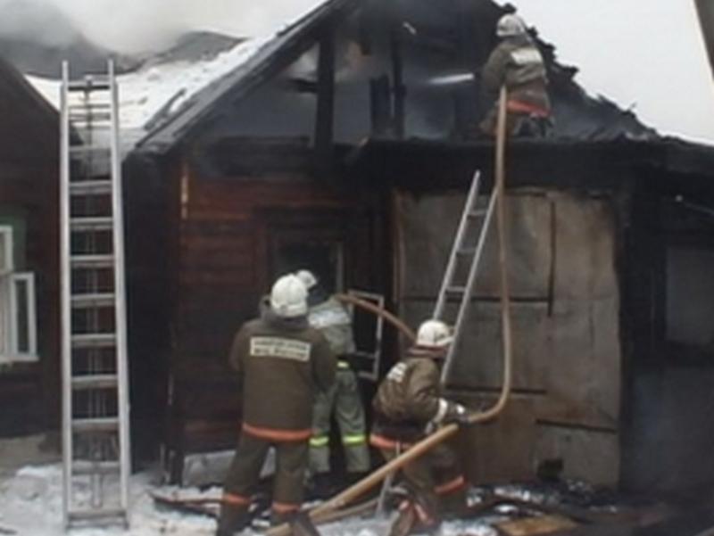 ВЛипецке всгоревшем доме обнаружили убитого мужчину