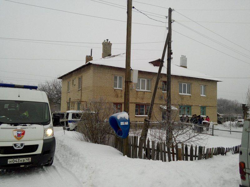 Под Липецком полицейский спас отравившуюся газом семью с малышом