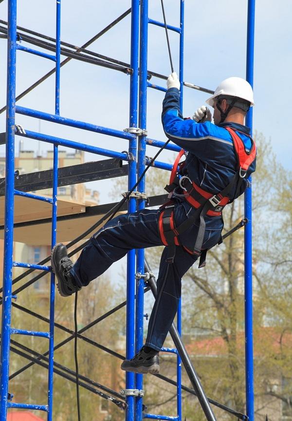 Требуются промышленные альпинисты для работы